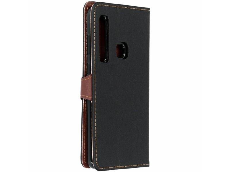 Samsung Galaxy A9 (2018) hoesje - Zwarte blad design TPU