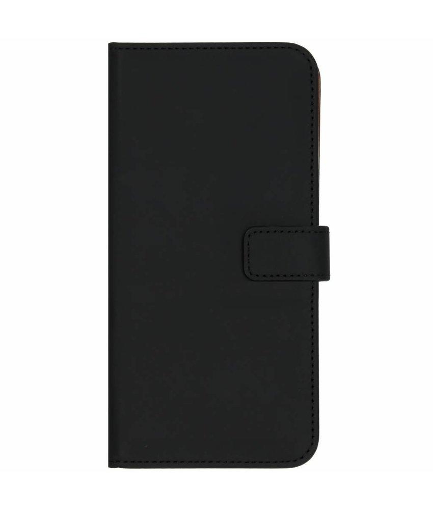 Selencia Luxe Softcase Booktype Samsung Galaxy J4 Plus