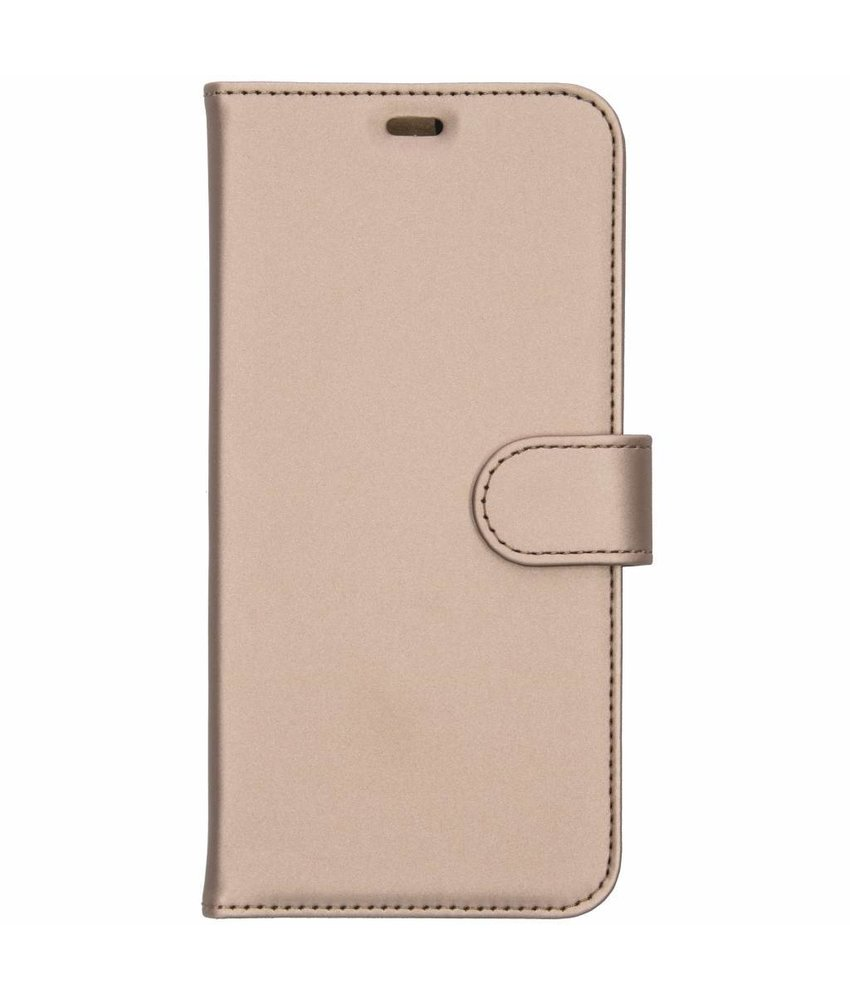 Accezz Wallet Softcase Booktype Samsung Galaxy J4 Plus