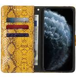 Slangenprint Booktype voor de iPhone 11 Pro - Geel