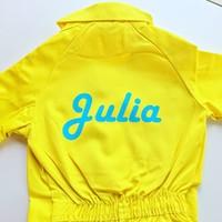 thumb-Gele overall met naam of tekst bedrukking-1