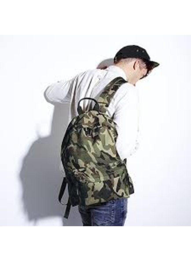 Lightweight backpack in camouflage colors