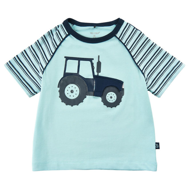 T-shirt with tractor print and hatch to engine