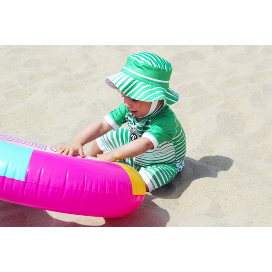 UV baby sun hat in green / white | Aruba-1