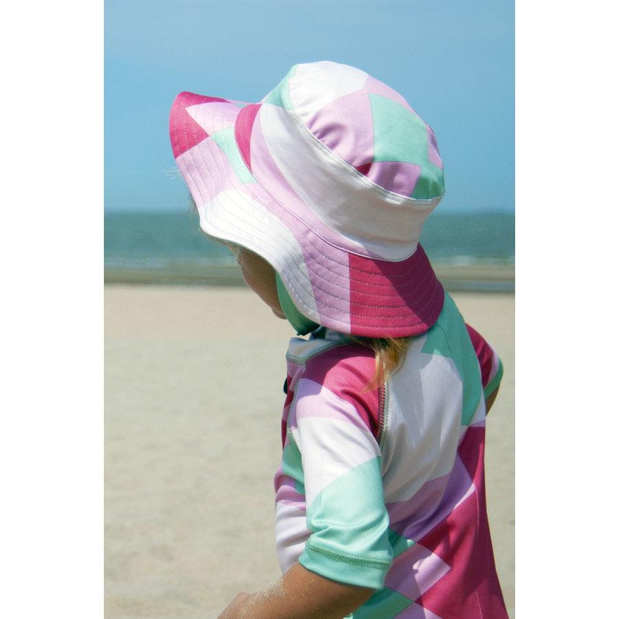 UV baby sun hat in green / white | Renee-1