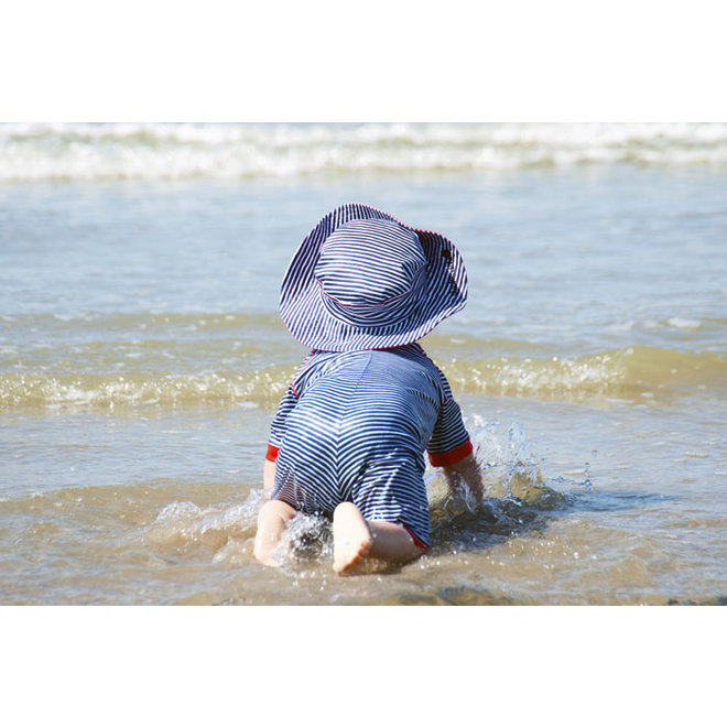 UV baby zonnehoedje in blauw/wit |FlicFlac