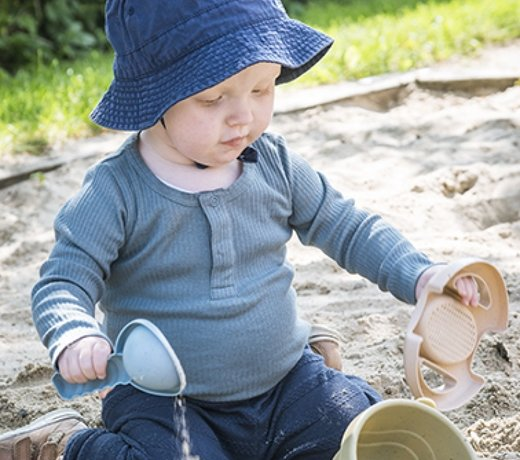 Outdoor toys for sand and water