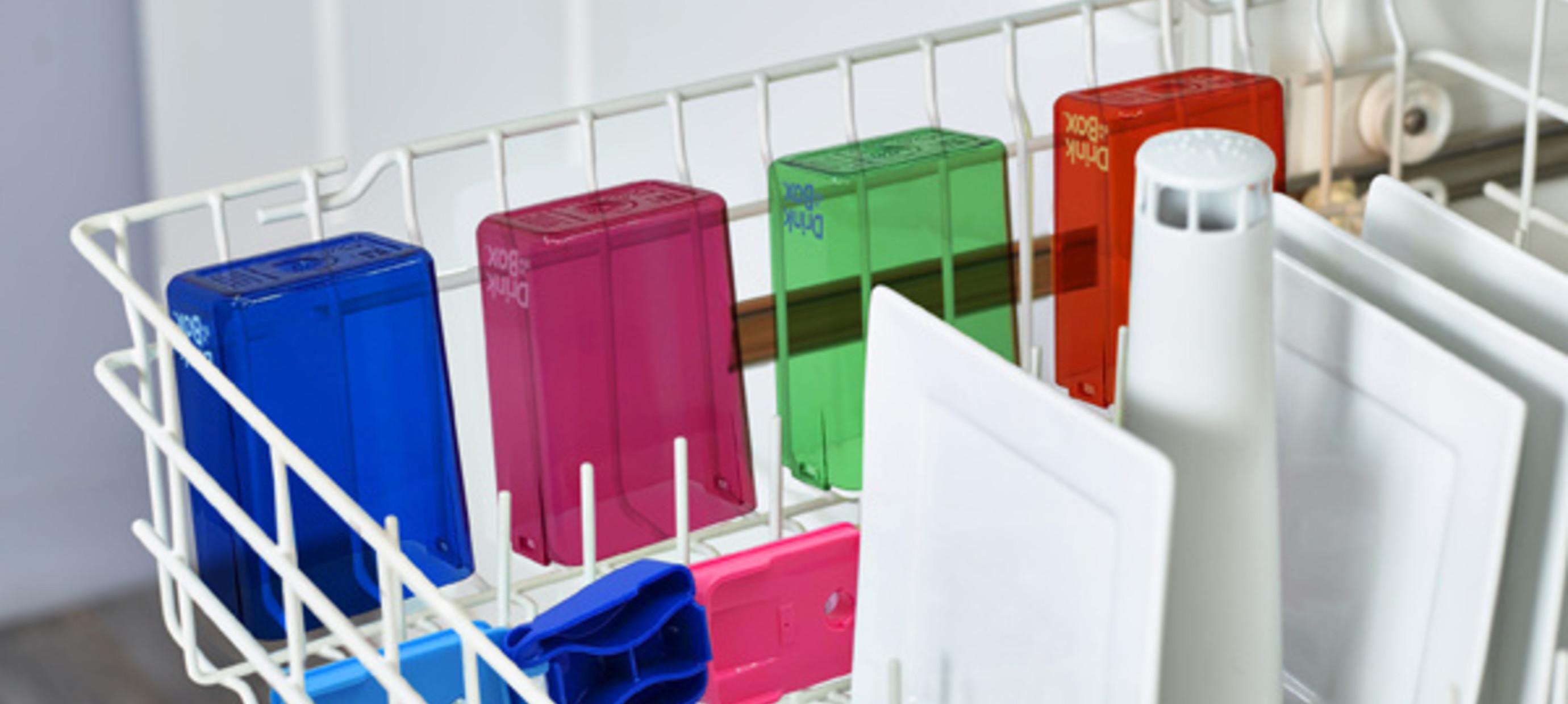 Hoe maak je Drink in the Box schoon?