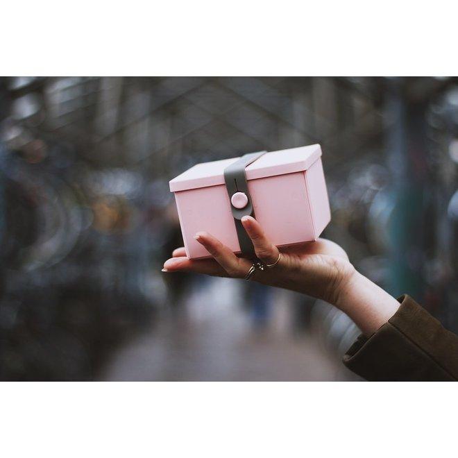 Uhmm Box | no. 2 | Pink