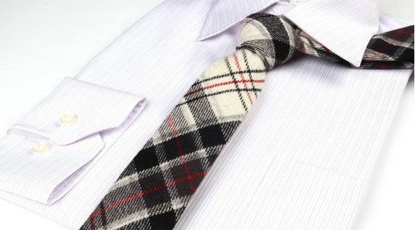 Plaid Wool Tie Wit