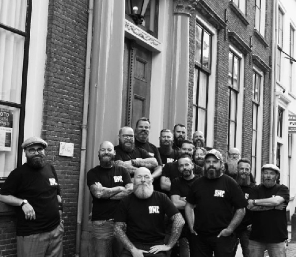 Stoere mannenbaard van Dutch monkeys