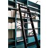 Bibliotheektrap eiken 'strak zwart' gelakt