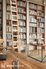 Houten boekenkast ladder