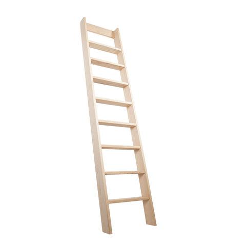 Ruimtebesparende trap hoogslaper