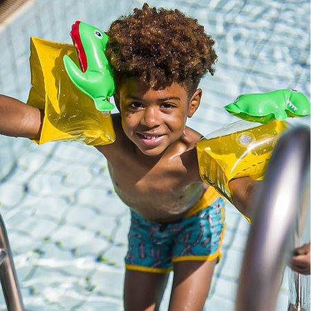 The Essentials Stoere 3D dino  zwembandjes 2-6 jr