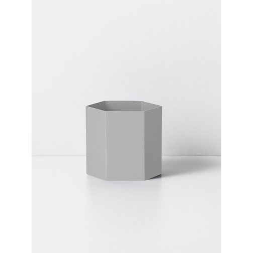 ferm LIVING Hexagon Pot Light grey
