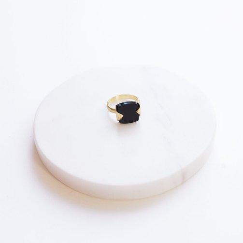 Dassie Artisan Ring Heera Gem Stone Black Onyx