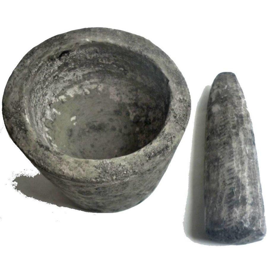 Rustikaler Mörser aus Lavasand-Zementgemisch-3