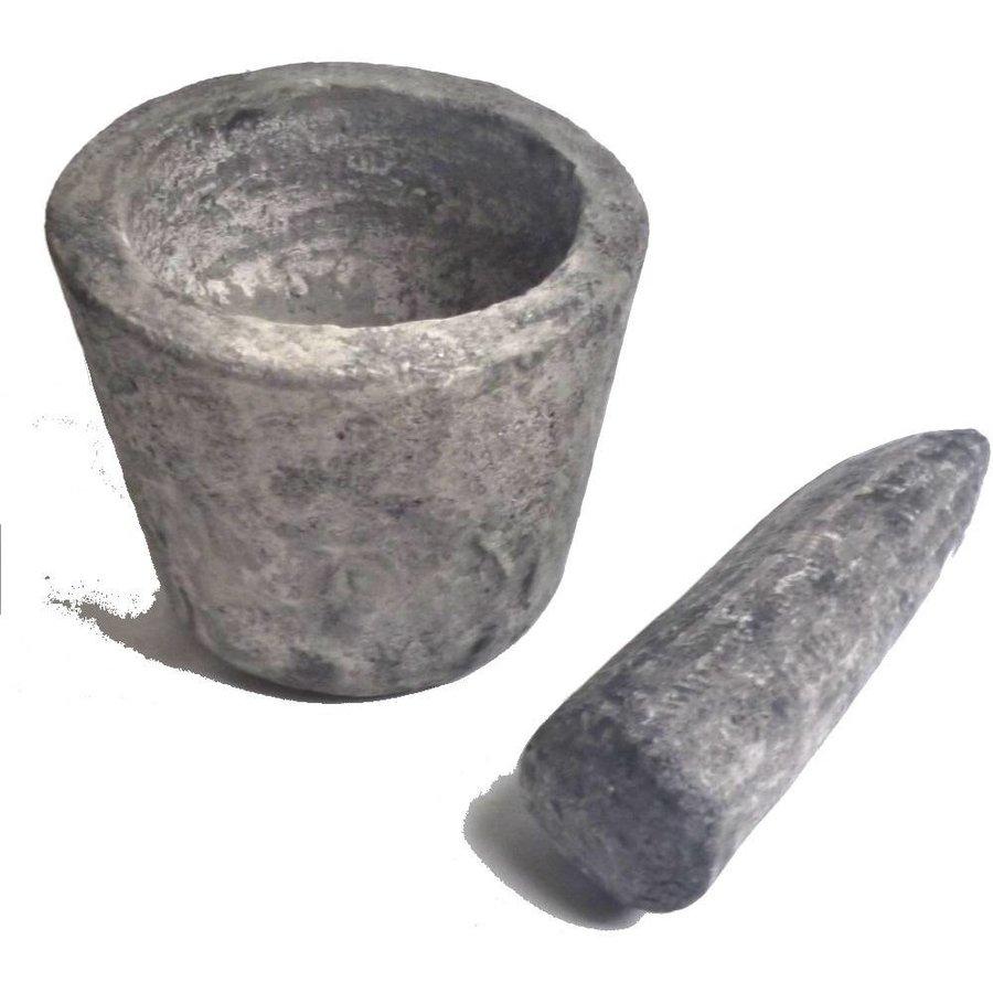 Rustikaler Mörser aus Lavasand-Zementgemisch-1