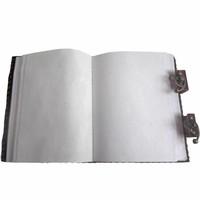 thumb-Buch der Schatten mit Ledereinband und Messingbeschlägen-3