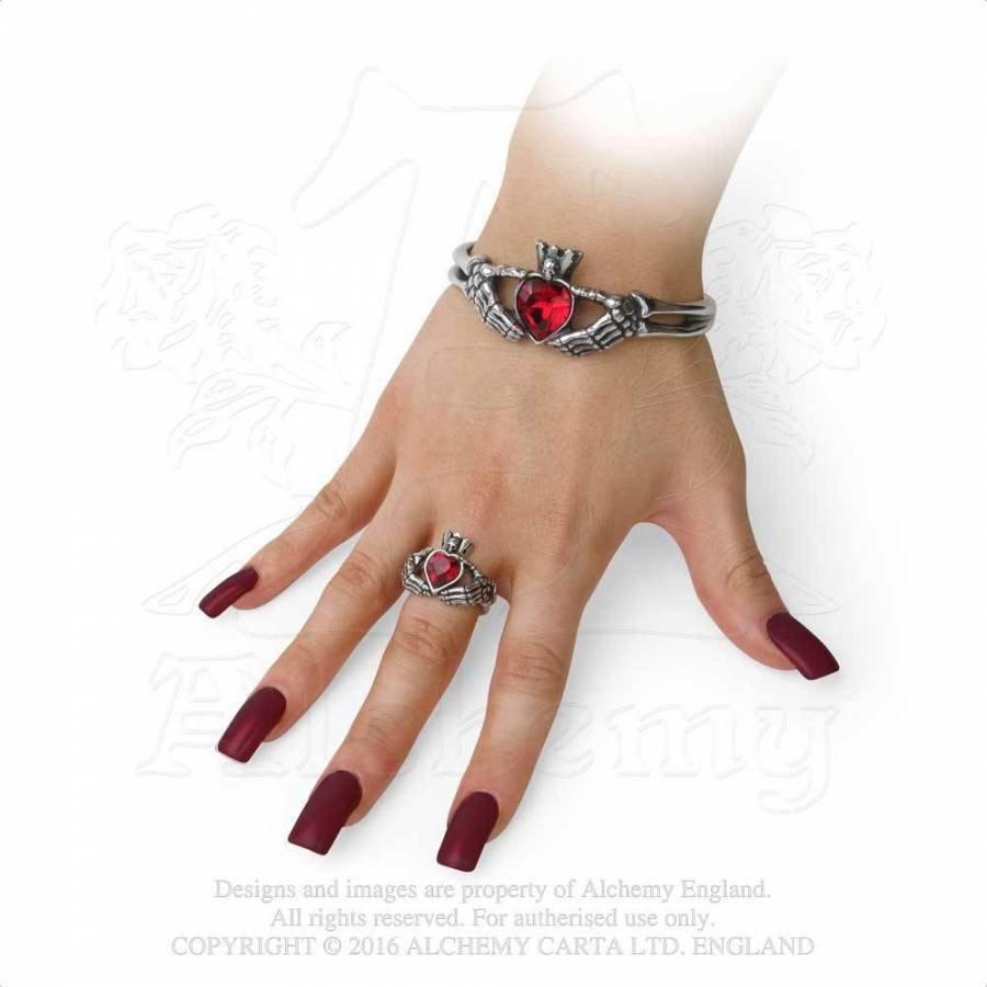 Schön gearbeiteter Claddagh Ring aus feinem englischen Zinn-5
