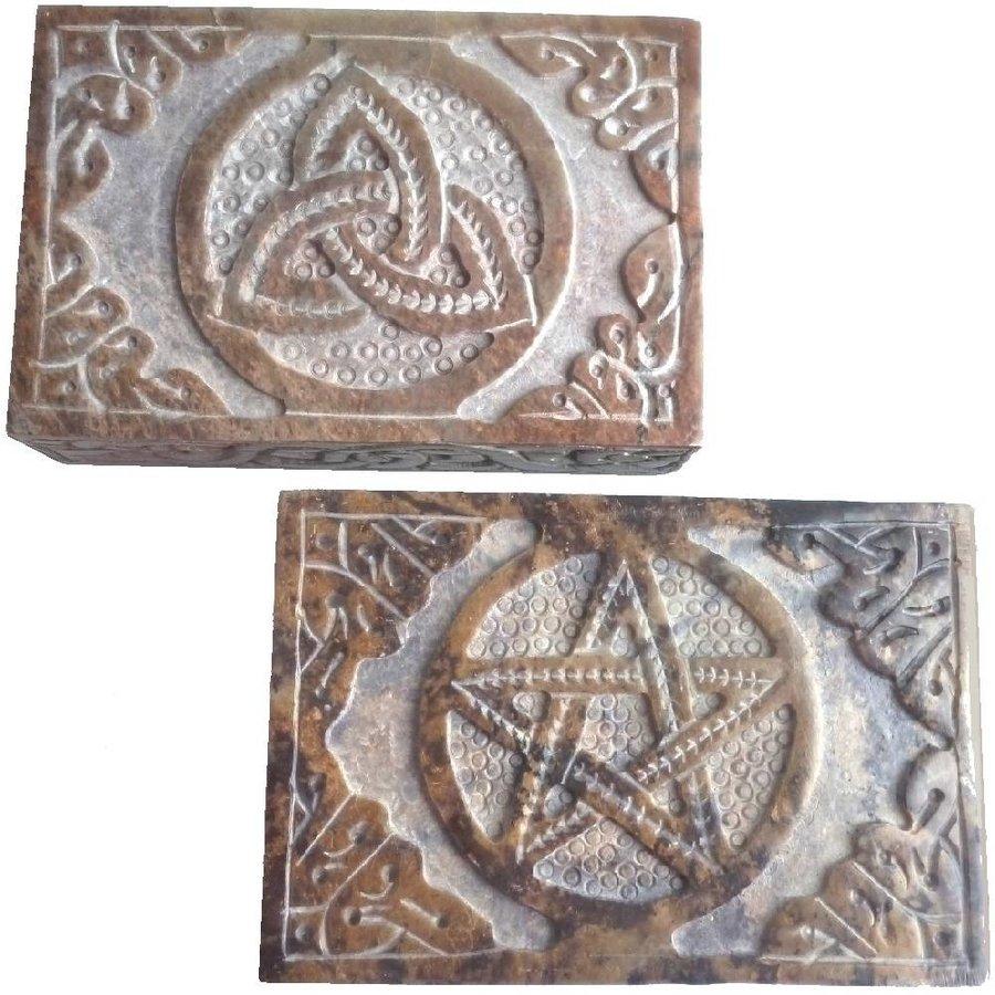 Speckstein Dose mit Pentagramm oder Triquetra-5