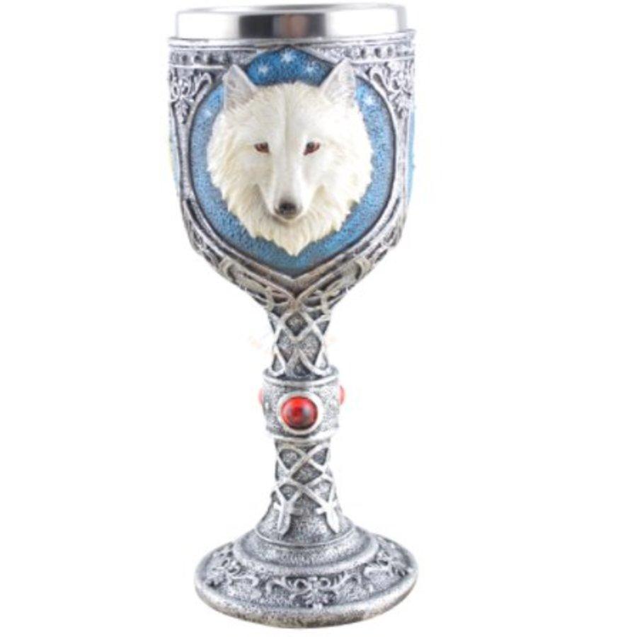 Kelch mit weißem Wolf-2