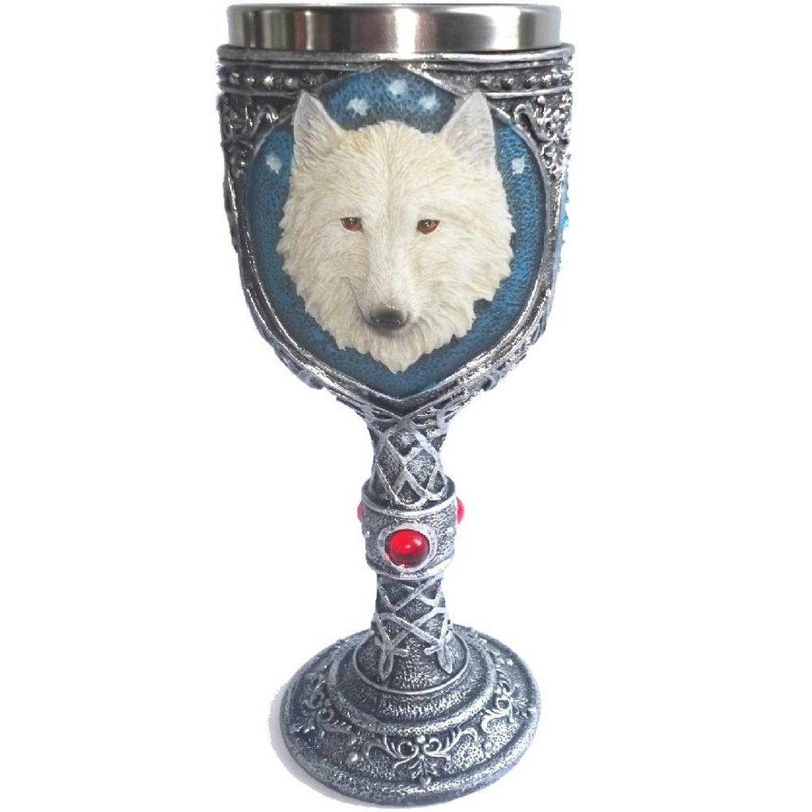 Kelch mit weißem Wolf-1