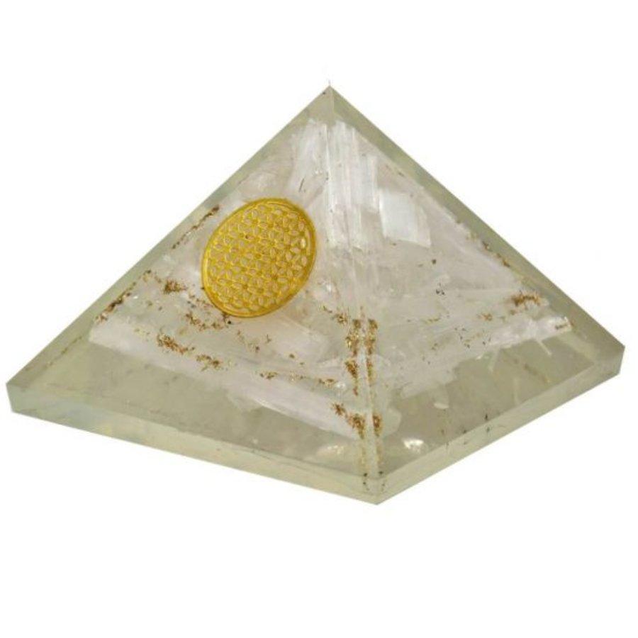 Orgonit Pyramide mit Selenit und Blume des Lebens-2