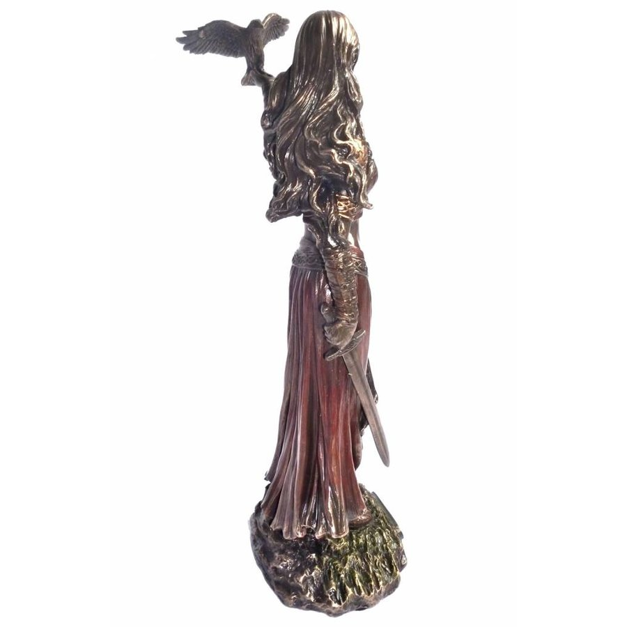 Keltische Göttin der Geburt, der Schlacht und des Todes-4