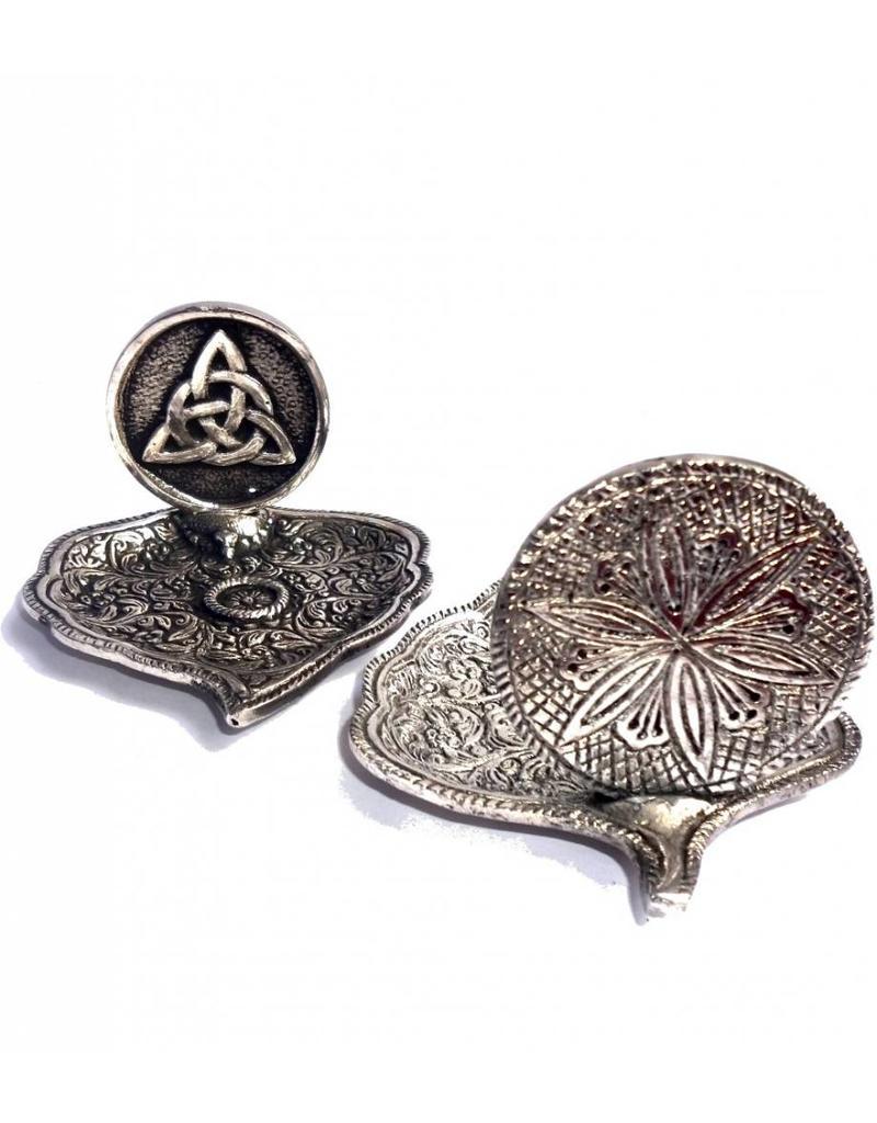 Räucherstäbchenhalter aus Metall in Blattform