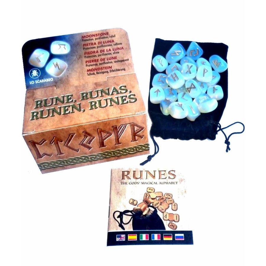 Mondstein Runen in der Geschenkpackung-2