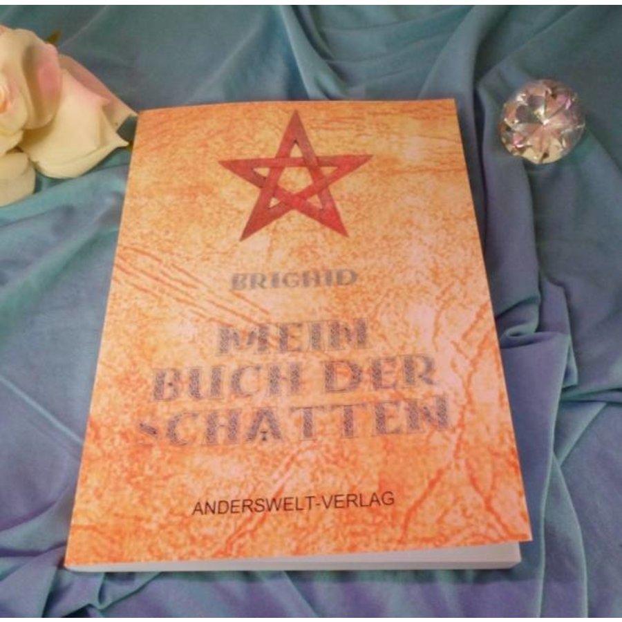 Mein Buch der Schatten-3