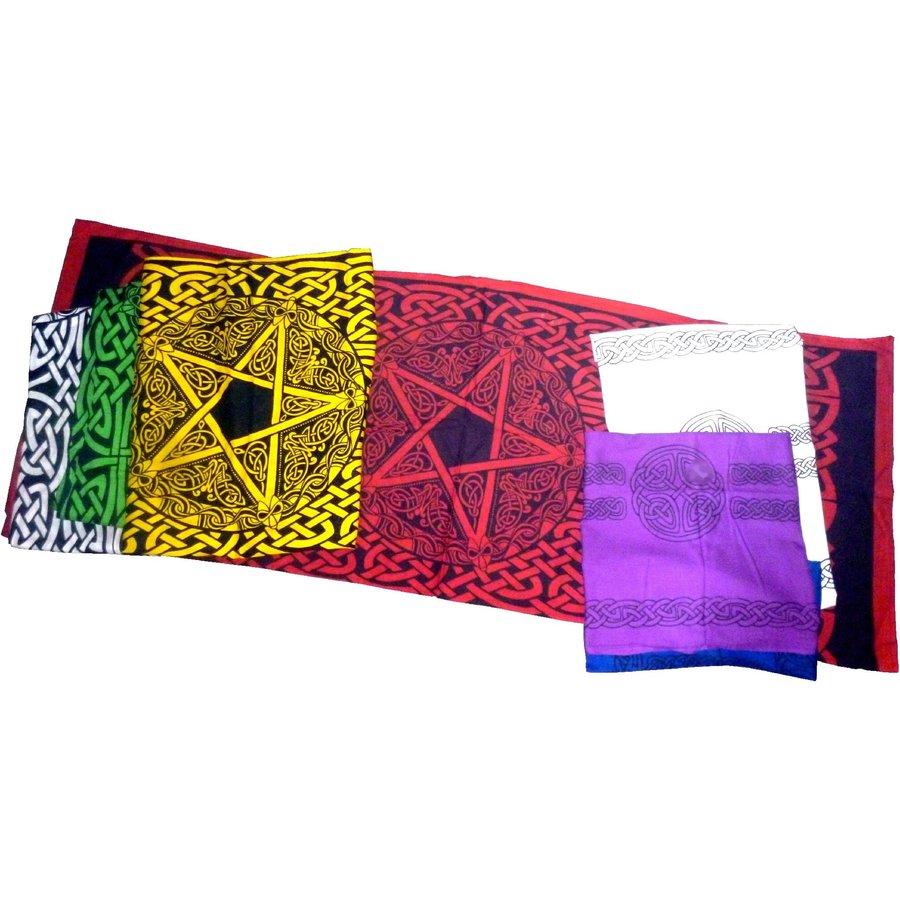 Als Altartuch, Tischdecke oder Schal-2