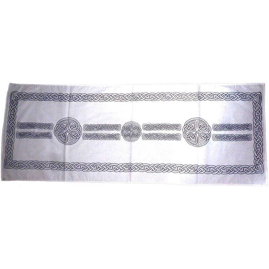 Als Altartuch, Tischdecke oder Schal-1