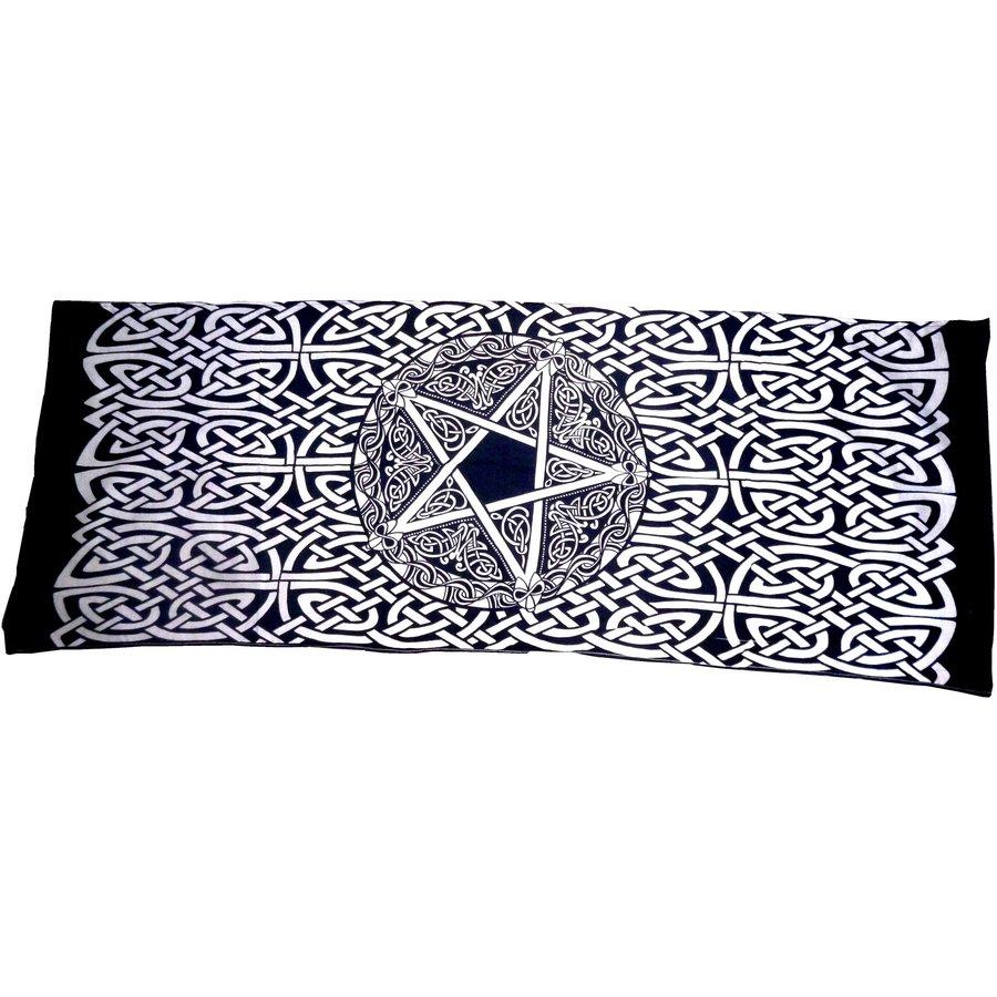 Als Altartuch, Tischdecke oder Schal-9