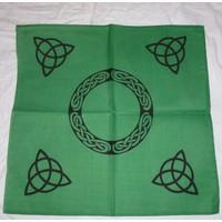 thumb-Altartuch mit Triquetta und keltischen Mustern (in Weiß, Rot, Blau, Gelb, Grün und Violett mit schwarzer Triquetta oder schwarzes Tuch mit goldener Triquetta)-3