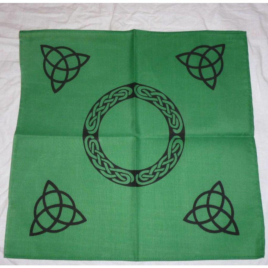 Altartuch mit Triquetta und keltischen Mustern (in Weiß, Rot, Blau, Gelb, Grün und Violett mit schwarzer Triquetta oder schwarzes Tuch mit goldener Triquetta)-3