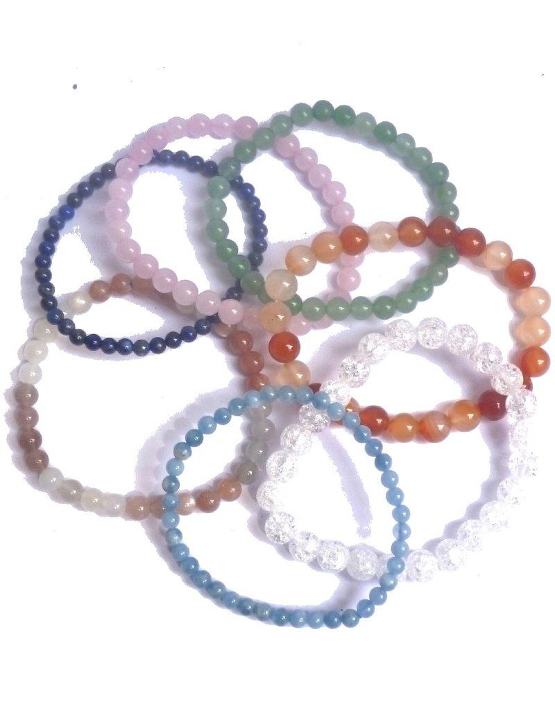 Armbänder aus Edelsteinperlen