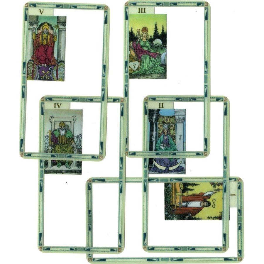 Universal Tarot Deck Transparent-1