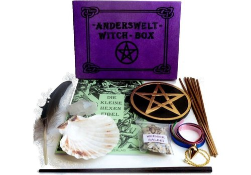 Witch Box Erstausstattung