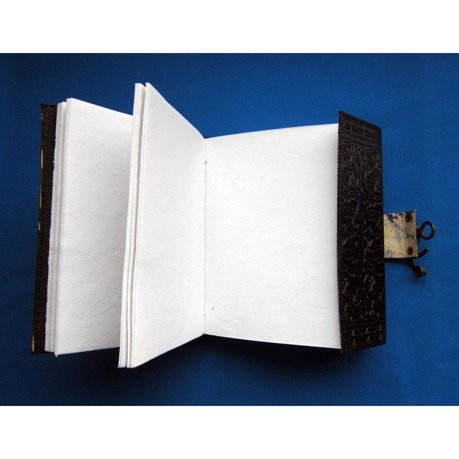 Hexenbuch Grimoire-3