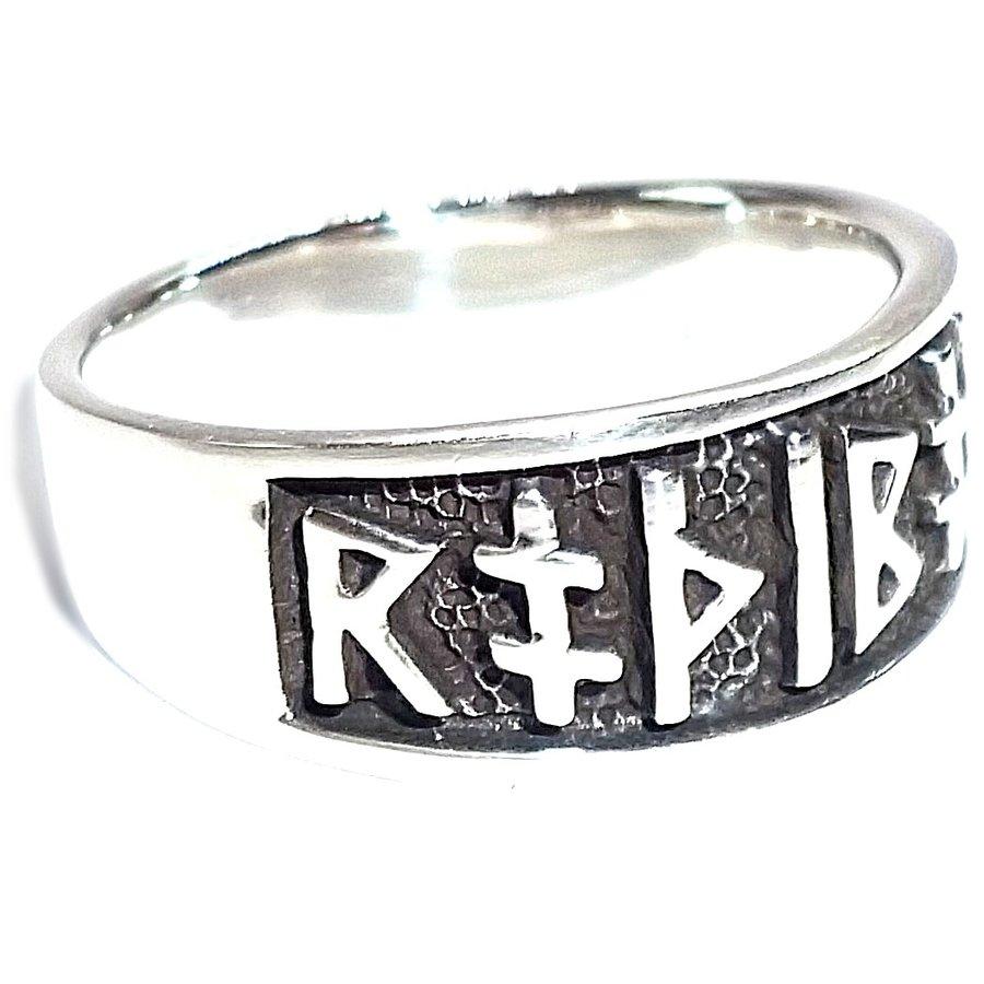 Ring mit Runen aus Bronze oder aus Silber-8