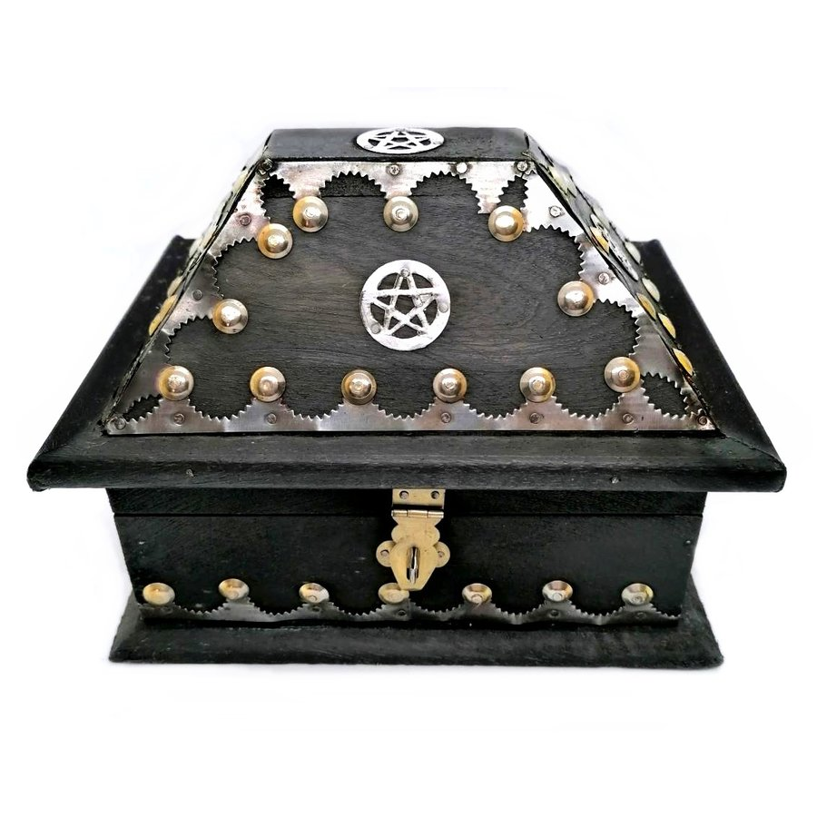 Holzkästchen mit Pentagramm im antik Look USA Salem Box-1