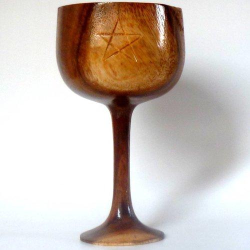 Holzkelch mit Pentagramm