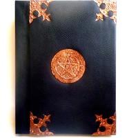 thumb-Buch der Schatten mit Kupferbeschlägen und Pentagramm-3