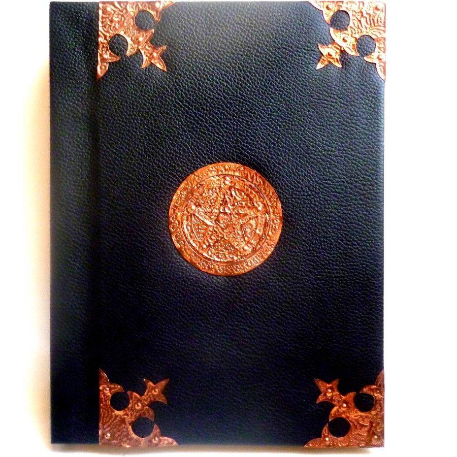 Buch der Schatten mit Kupferbeschlägen und Pentagramm-3