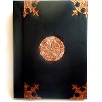 thumb-Buch der Schatten mit Kupferbeschlägen und Pentagramm-1