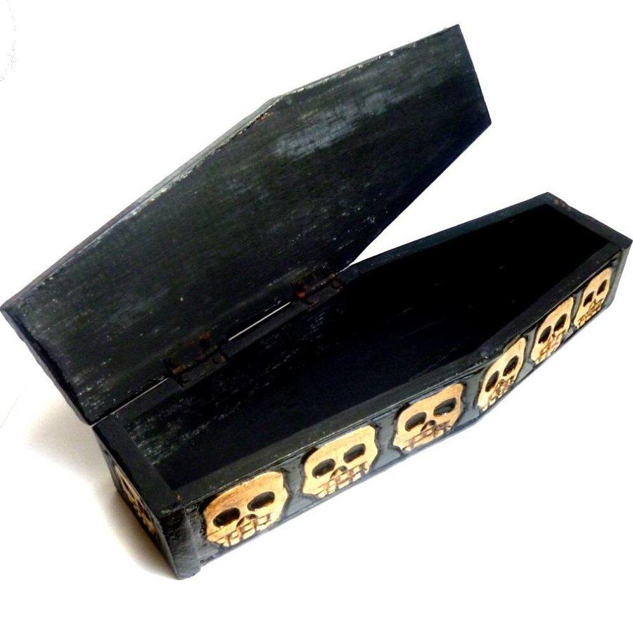 Kleiner Sarg aus Holz-3