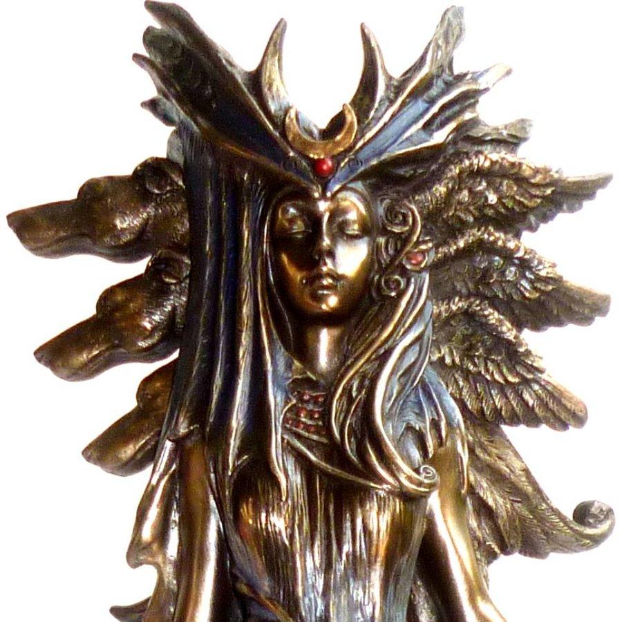 Hexengöttin aus Polyresin, bronziert-2